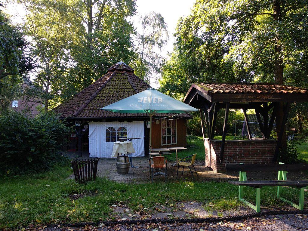 Göpel und Grillplatz
